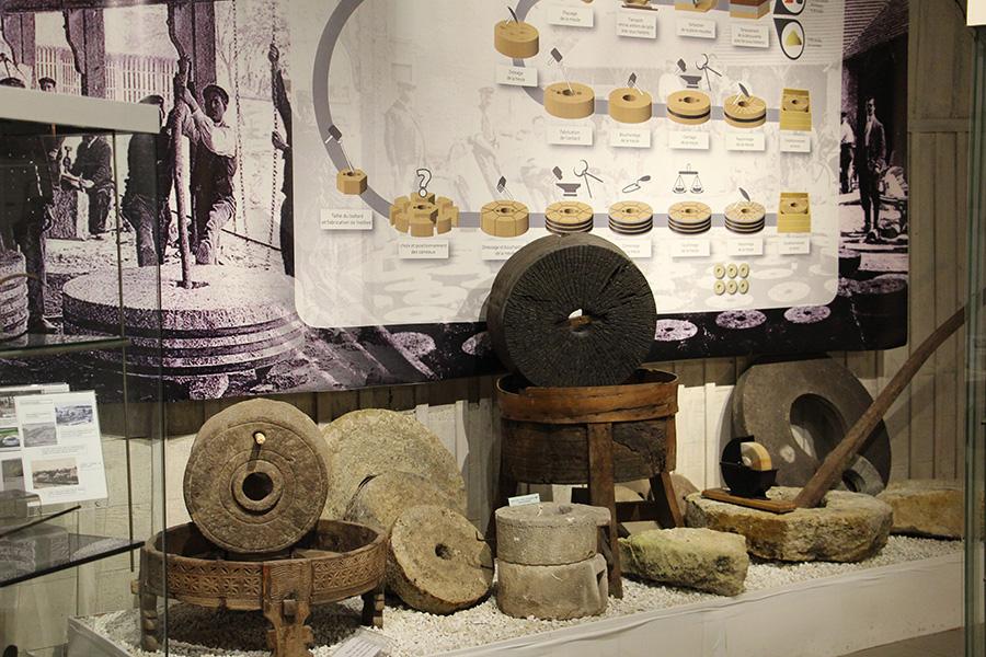 Musée des meules et des pavés d'Epernon - Musée des meules et des pavés d'Epernon