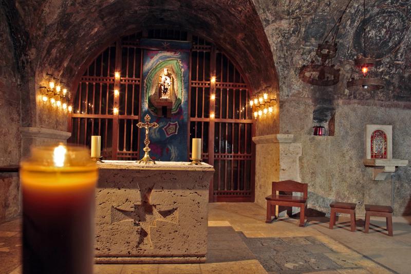 © Patrick FORGET - www.sagaphoto.com  - Crypte de la cathédrale
