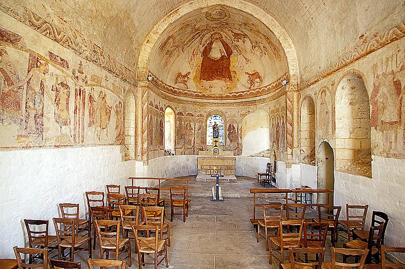 Patrick FORGET - www.sagaphoto.com - Chapelle romane Notre-Dame d'Yron