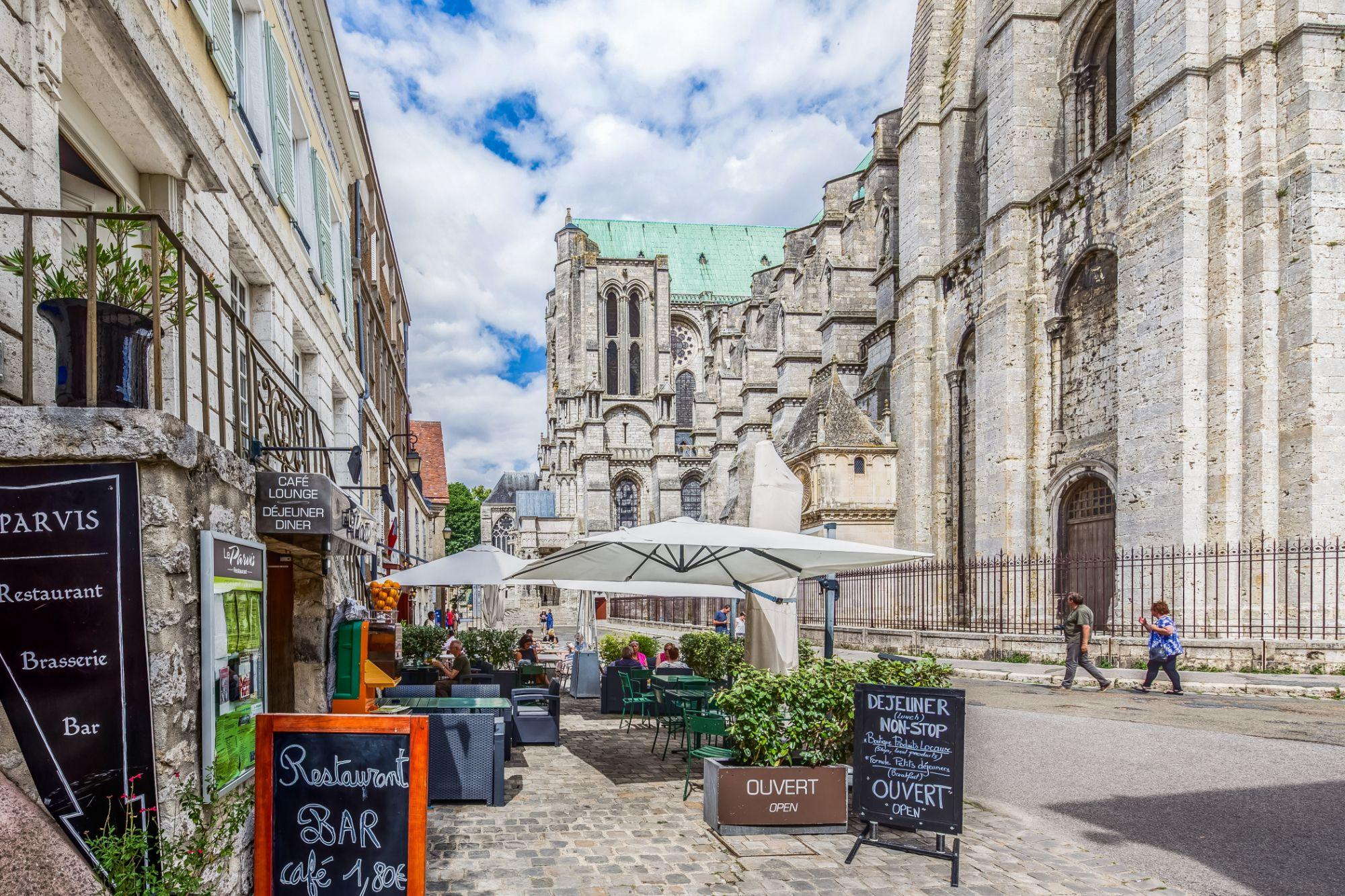 Le Parvis - le-parvis-cathedrale-chartres 2018 - Copyright Le Parvis