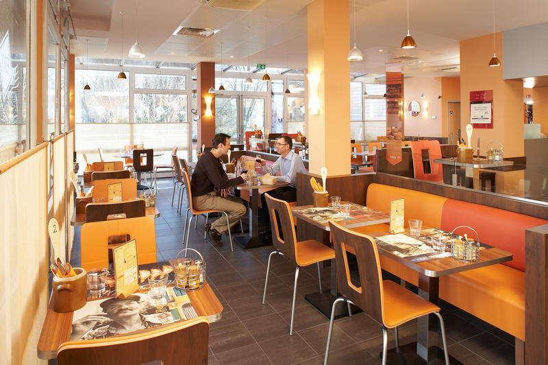 Ibis Chartres Centre - Ibis Kitchen Chartres