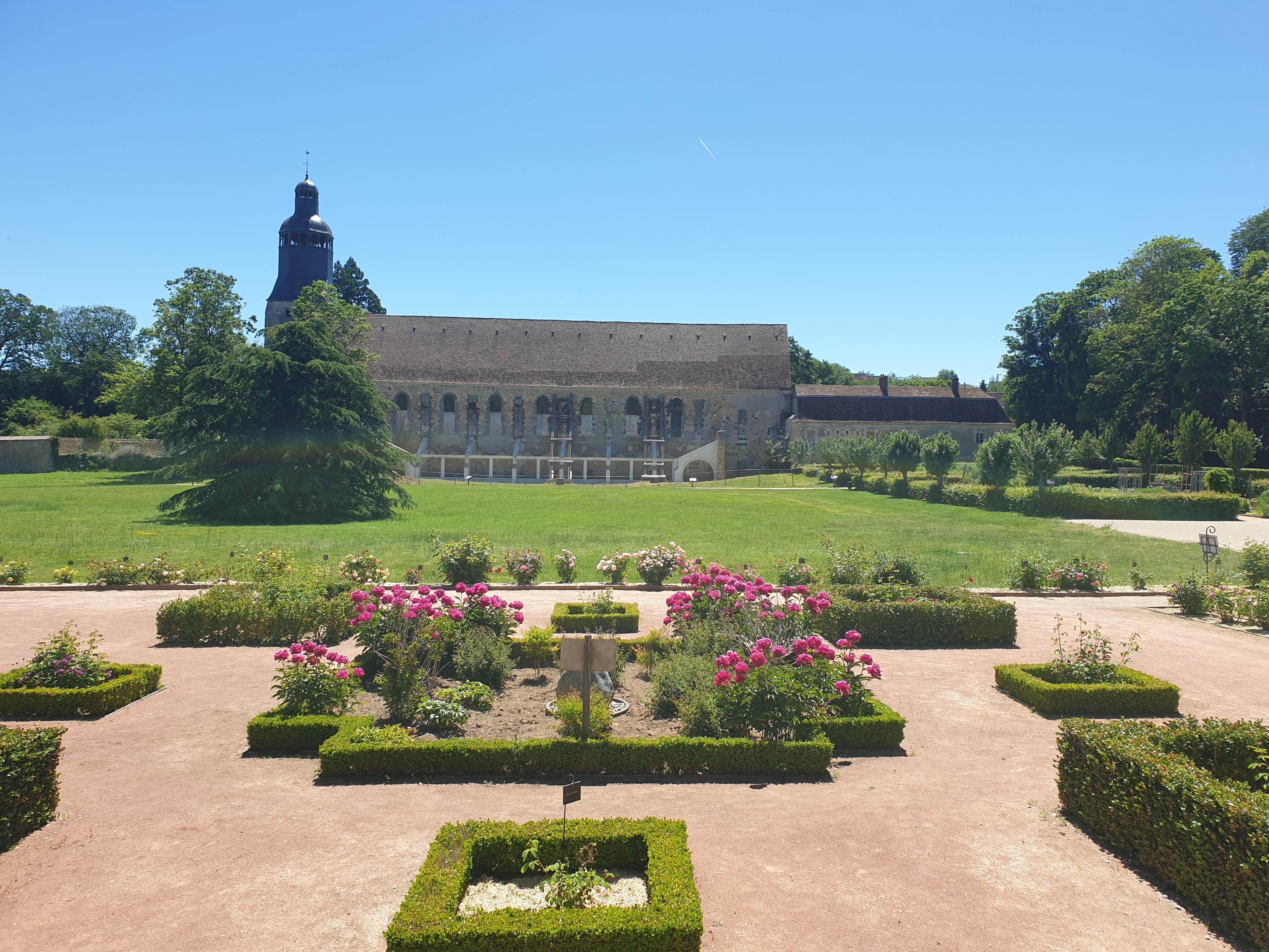 Patrick FORGET - www.sagaphoto.com - Jardins thématiques de l'abbaye de Thiron-Gardais