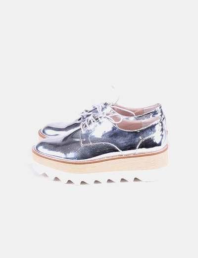Zapato plateado plataforma