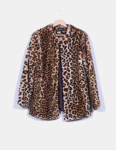 Abrigo animal print stradivarius