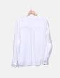 Camisa blanca satén con bolsillos Zara