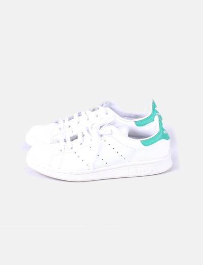 Chaussures plates Adidas