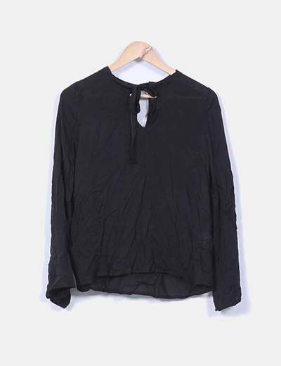 Blusa negra fluida manga larga Shana