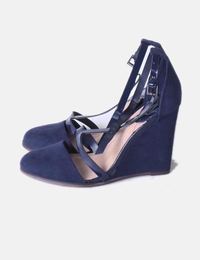 8bd4ad9581f Stradivarius Zapato azul marino antelina con cuña (descuento 83 ...