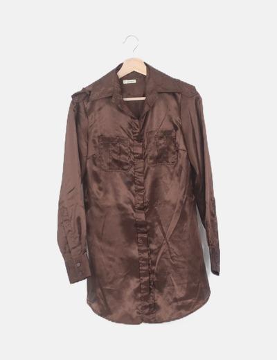 Camisa satén marrón