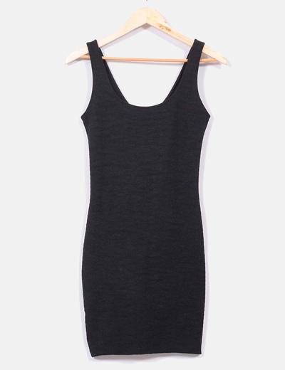 Vestido negro elástico Bershka