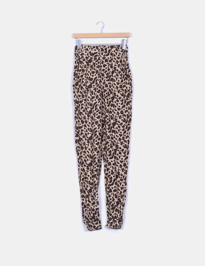 Pantalón baggy animal print Zara