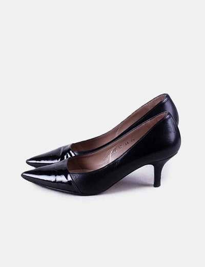 Zapato negro pico charol