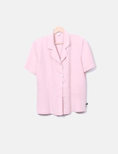 Blusa rosa con hombreras