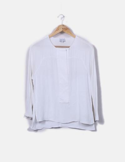 Blusa beige de manga larga