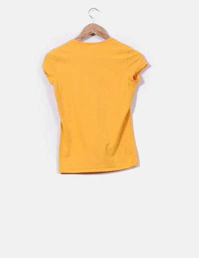 Camiseta basica mostaza