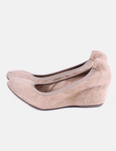 envío gratis muchos de moda imágenes oficiales Zapato con cuña beige