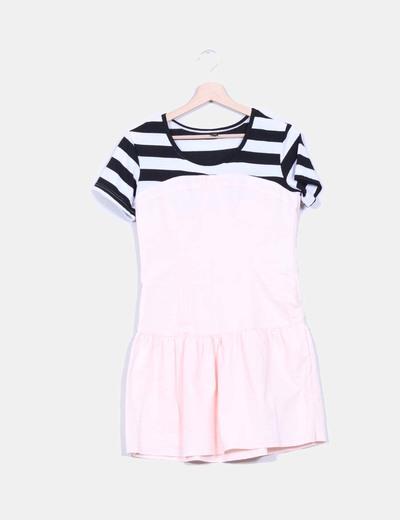 Vestido rosa palo con camiseta de rayas NoName