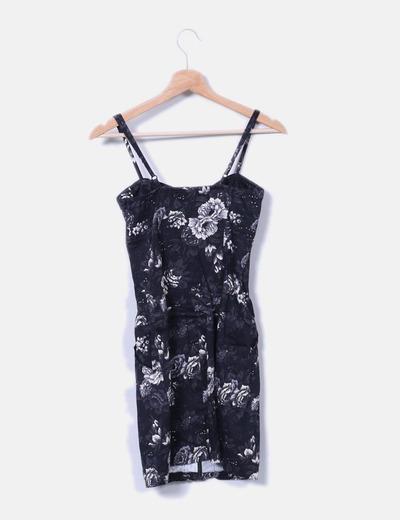 Vestido cenido negro floral detalle cremallera