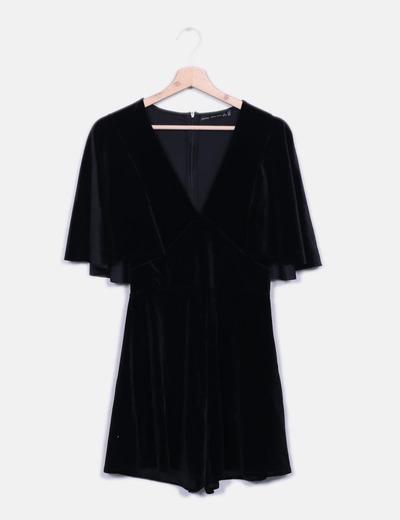 Combinaison noire courte en velours Bershka