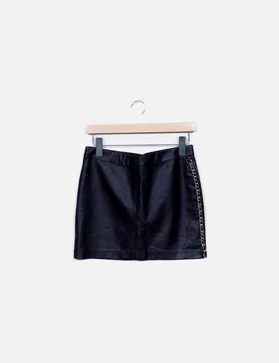 Minifalda polipoiel negra cadena Lefties