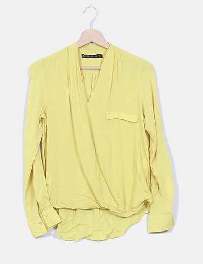 Blusa amarilla fluida Zara