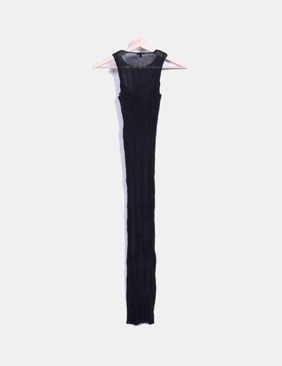 Vestido midi negro plisado ajustado