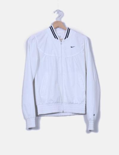Bomber blanca impermeable Nike