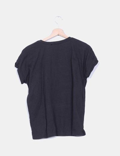 Camiseta negra little black dress