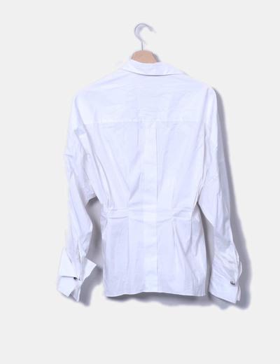 Camisa blanca fajin metalico