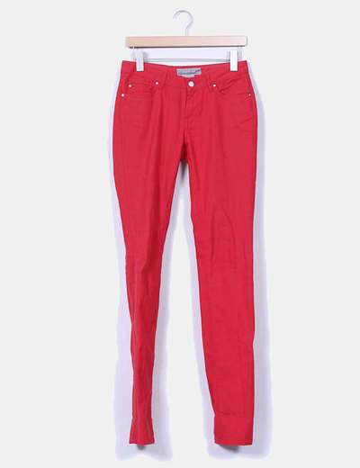 Pantalón denim rojo Zara