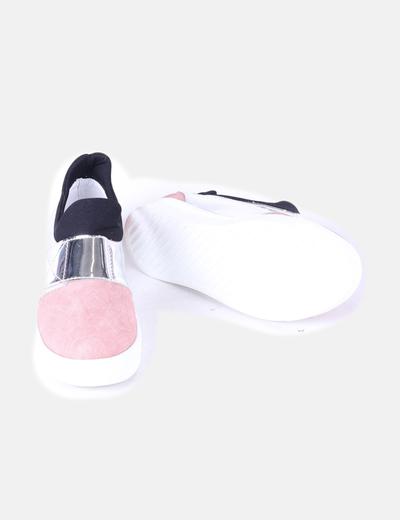 Zapato plano combinado tricolor