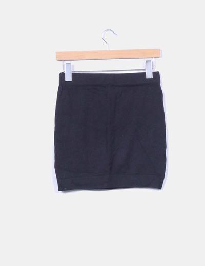 Mini falda negra de punto