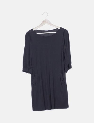 Vestido negro manga larga bolsillos