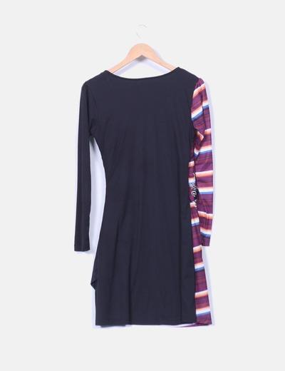 Vestido combinado lateral drapeado