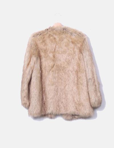 Zara Casaco de pelo sintético bege (desconto de 52%) - Micolet 8934d5be831f