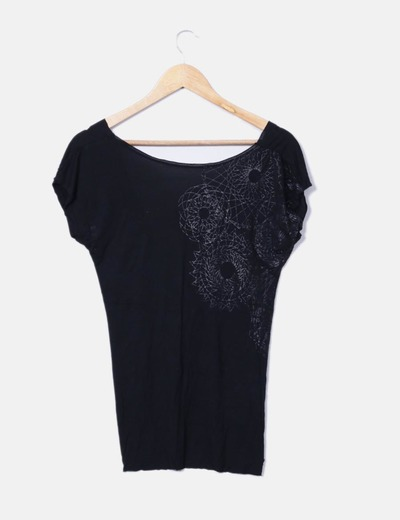 Camiseta negra espalda abierta Salsa