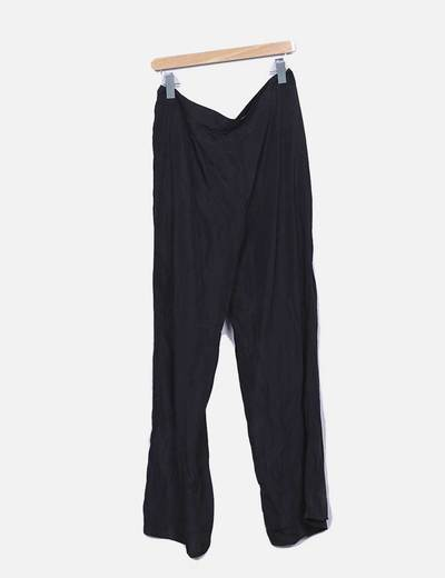 Pantalon fluido negro con encaje