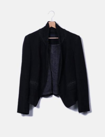 Chaquetón negro efecto desgastado Zara