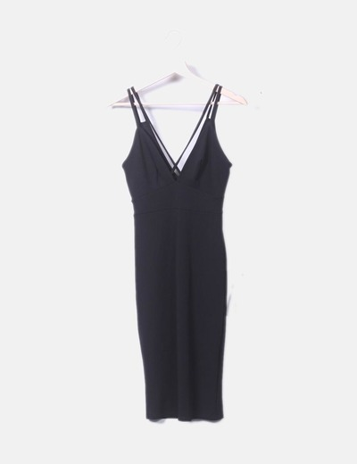 Vestido negro tirante cruzado