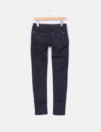 Pantalon negro texturizado