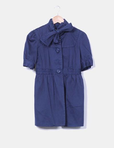 Abrigo manga corta azul marino escote lazo Stradivarius