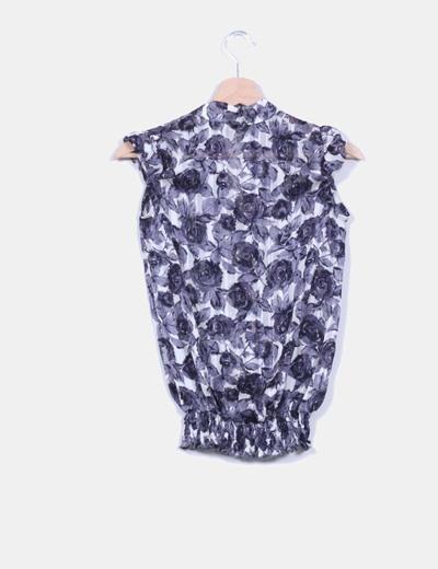 Blusa con estampado floral