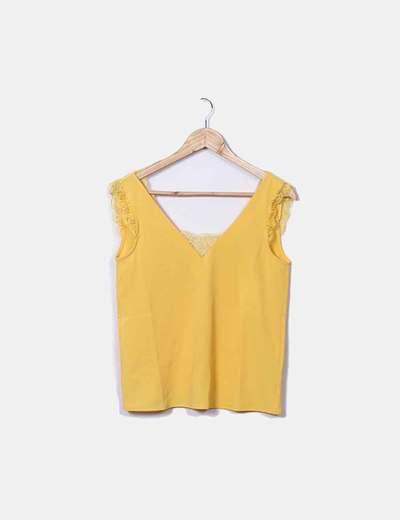Blusa amarilla lencera
