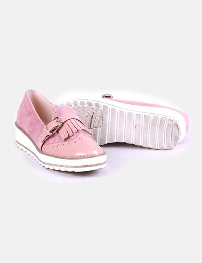 Zapato rosa combinado con plataforma blanca