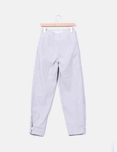 Pantalon de pinzas rayas grises