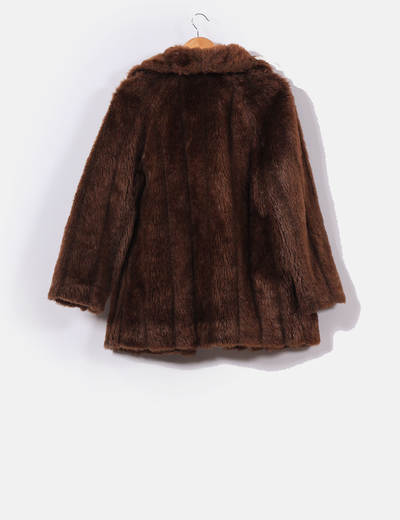 bajo precio a6578 cbf0b Abrigo marrón de pelo sintético