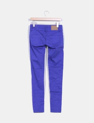 Pantalon azul klein triple botonadura