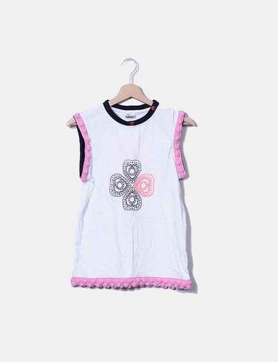 Camiseta blanca borlas rosas