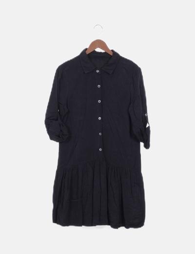 Vestido camisero negro abotonado