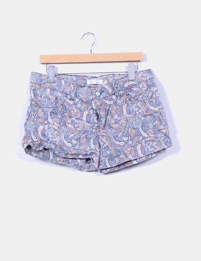 Short estampado cachemira